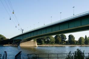 Kölner Rheinseilbahn